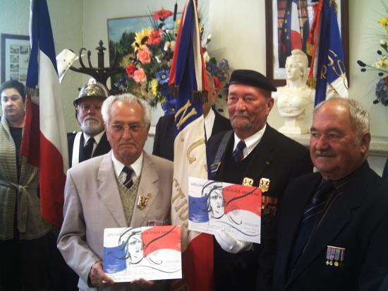 Remise diplôme de Porte drapeau
