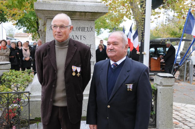 11 11 2014 Remise CROIX DU COMBATTANT  à J-C Duprat
